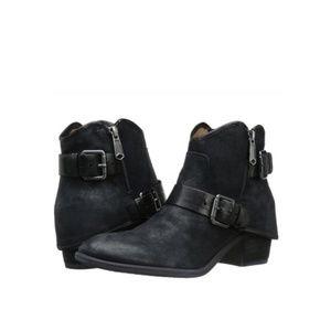 Donald J Pliner Black Dalis Ankle Boots *8